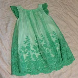 2T dress Runs Small